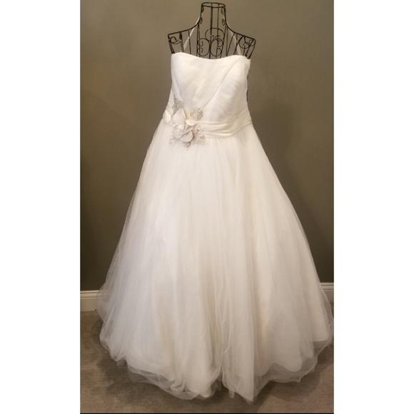 Plus SZ Oleg Cassini Strapless Ivory Wedding Dress NWT